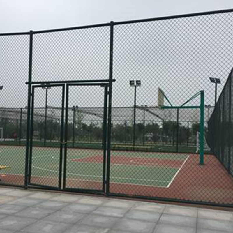 PVC Coated Chain Link Fence Mesh For Outdoor Basketball Court  With Many Color